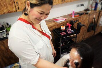 ハノイで日本の美を広める『DECORA』の美容師森玲子さんインタビュー