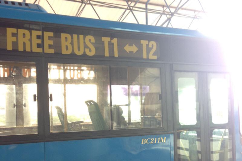 シャトルバス1