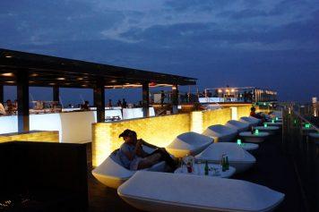 ハノイの特別な夜に『TOP OF HANOI』『Pharaoh's Bar & Upper』はいかが?