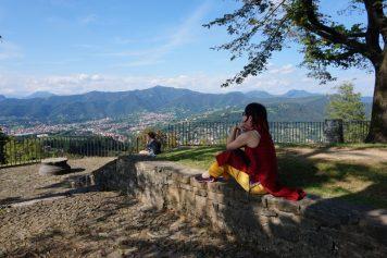 イタリア・ベルガモでもベトナムの民族衣装アオザイを着てみました