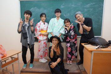 ハノイの大学内で行われた日本人による美容スタディに同行しました。